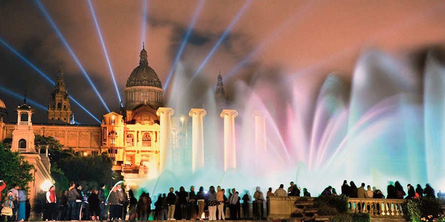 Montjuïc Magic Fountain Show by Gratis in Barcelona