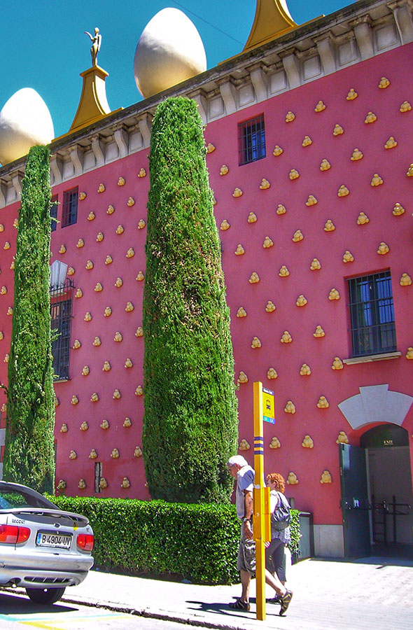 Museo Dali by Gratis in Barcelona